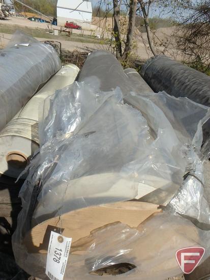 387 sq. yards of vinyl flooring, factory color, 100 in. W, 1091.34 lbs.