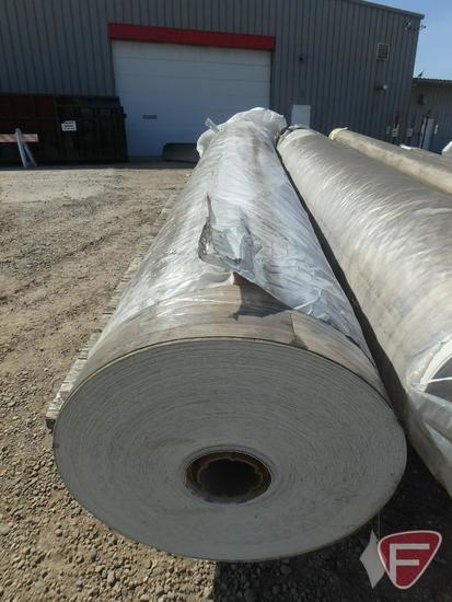 369 sq. yards of vinyl flooring, pearwood color, 100 in. W, 1040.58 lbs.