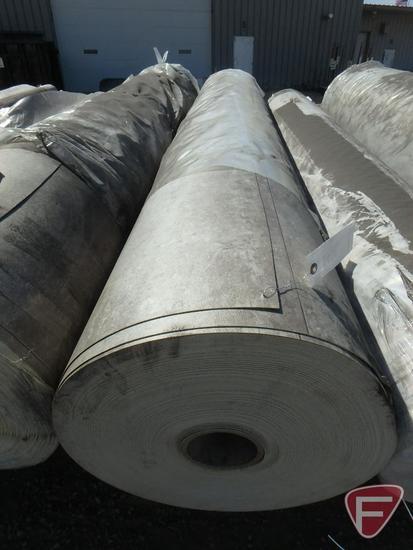 330 sq. yards of vinyl flooring, factory color, 100 in. W, 930.6 lbs.