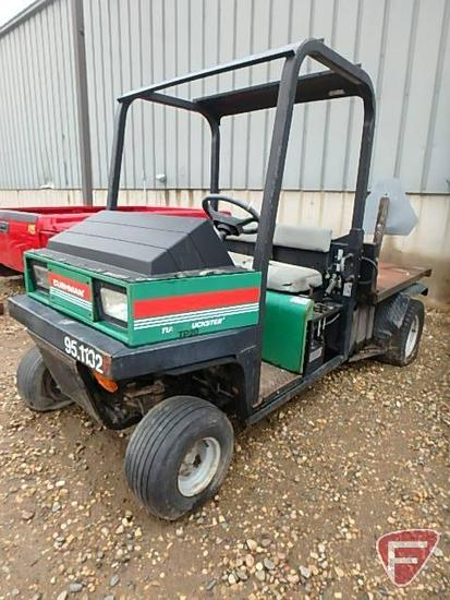 Cushman TP20 Turf-Truckster gas utility vehicle, SN: 95003347, 2,880 hrs and 10,953 miles showing