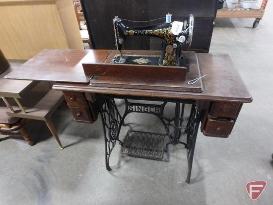 Singer treadle sewing machine     Auctions Online | Proxibid