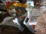 (6) 15lb bags of Scotts Turf Builder 29-3-4 lawn fertilizer, (4) partial bags of fertilizer, and