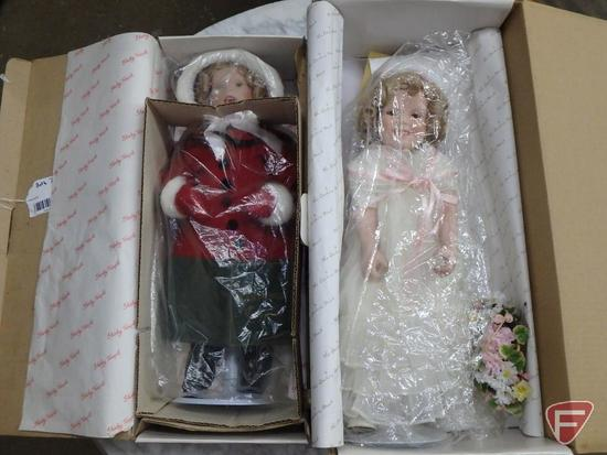 Dolls, Little Caroler, The Shirley Temple Christmas Doll Collection 17in and