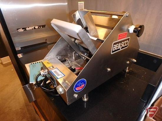 BE&SCO 23-12 countertop wedge press, 411 hours showing, 120v