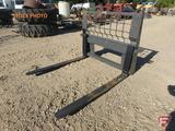 New universal mount skid steer/loader pallet fork attachment, 4