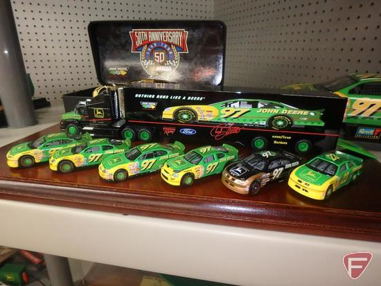 Replica John Deere motorsports transporters, replica John Deere stock cars 1:64,