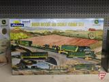 Athearn John Deere Ho Scale Train Set, new sealed in box