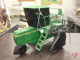 SpecCast replica John Deere 6500 sprayer, 1:16, limited edition