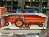 Ertl replica Allis-Chalmers Tractor Wagon Set, 1:16, in box