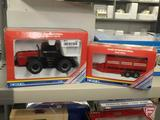 Ertl replica Case International battery operated 4994 tractor 1:32 and