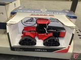 Scale Models Country Classics Case IH quadtrac, 1:32, in box