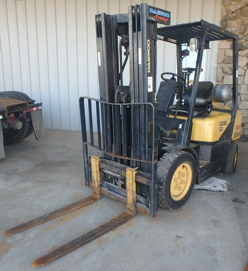 Daewoo G25E LP forklift, SN: GA-00731, 1,889 hrs showing