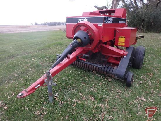 Case IH 8520 small square baler, model 8520A11, sn CFH0018260
