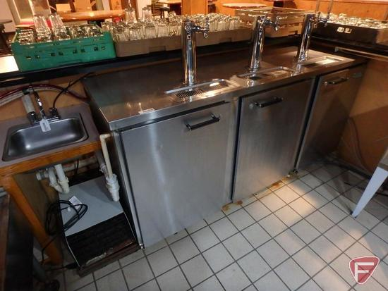 Superior commercial refrigerator/freezer with 3 stations and 6 taps, model DB78E