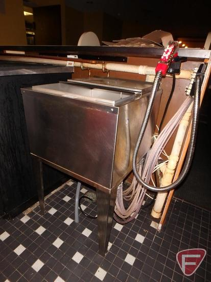 Taprite-Fassco beverage chest syrup/water line cold plate, model FS-2123-9, 9-lines in 9-lines out