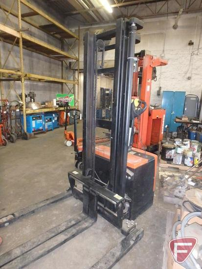 Presto Chango 24v electric walkie forklift, 26hrs showing
