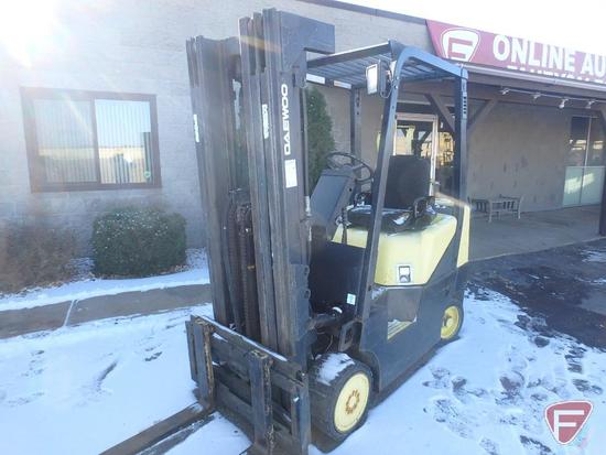 1999 Daewoo LP gas forklift, 8661hrs showing, 83/188 mast, full free lift, side shift