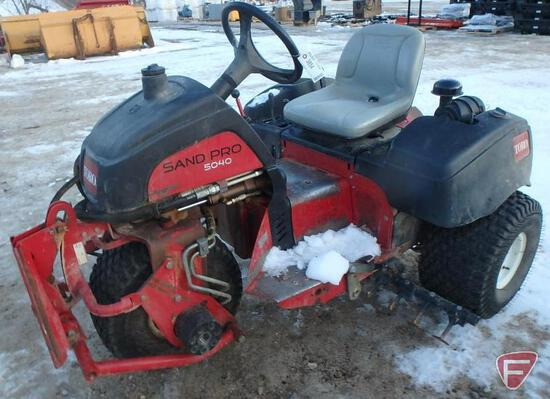 2008 Toro Sand Pro 5040 with Quick Attach System, gas engine, 2407 hrs, sn 290000349