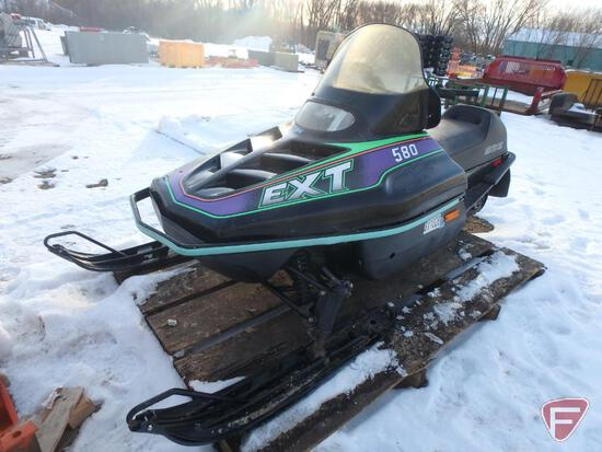 1994 Arctic Cat EXT 580 snowmobile