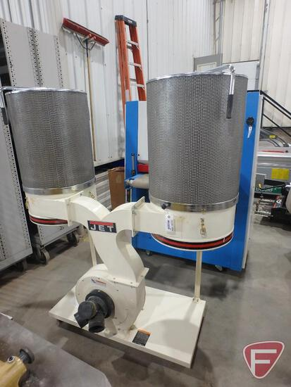 Jet DC-1900 C dust collector, 3hp, 3ph, on casters