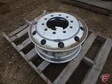 Aluminum 22.5x8.25 wheel with 10x11.25in pattern
