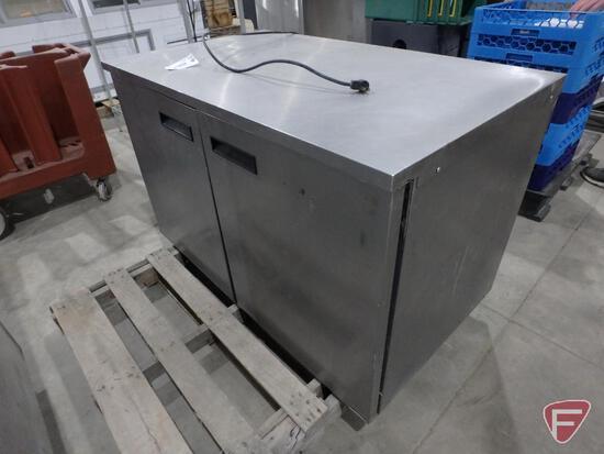 Delfield 2 door refrigerator/freezer, model UC4048, R404 refrigerant