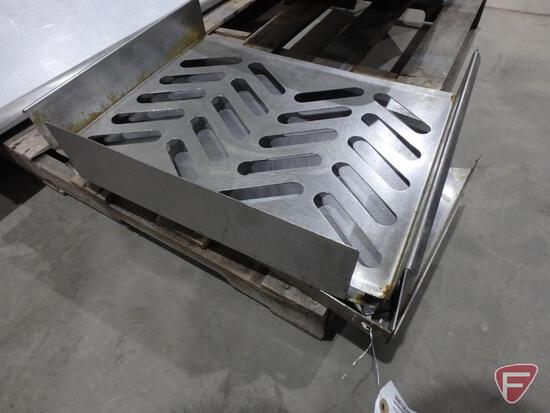 Stainless steel trays and (4) stainless steel shelf brackets