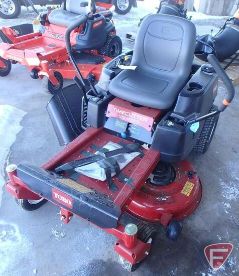 """Toro SS4225 Timecutter zero turn riding mower with 42"""" mid mount rotary deck"""