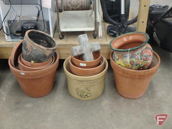 Clay flower pots with cement cross, 3 stacks