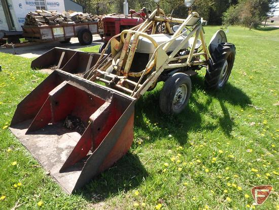 Ford 8N 1952, side distributor, no battery, engine not stuck, not running, hydraulic loader with