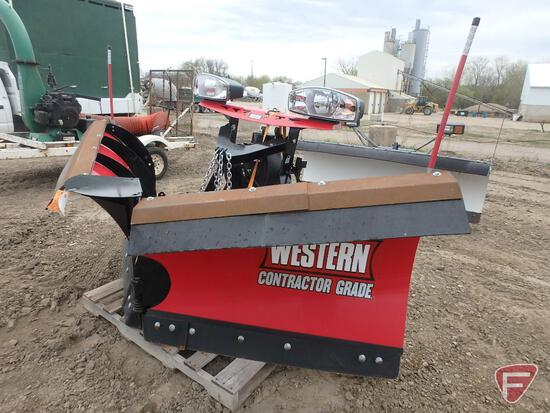 "2019 Western Contractor Grade MVP3 8' 6"" V-Plow with Ultra Mount 2, used twice!"