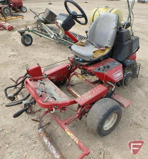 Toro 3100 Greensmaster 3WD gas mower, sn 04354-80136