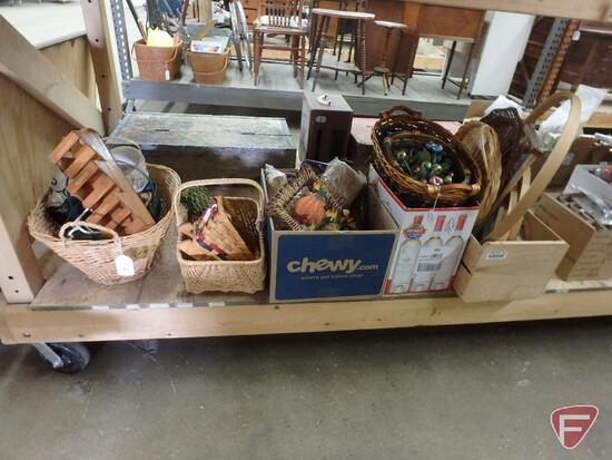 Wicker baskets, embroidery hoops, burlap, and other decorative items