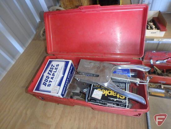 Duo Fast staple gun, Rapid Classic 1 stapler, and staples