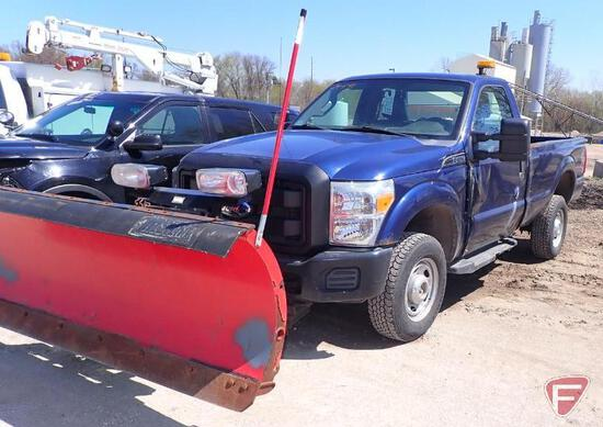 2011 Ford F-350 4x4 Pickup Truck with plow - HAUL ONLY