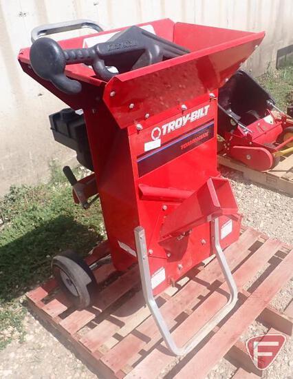 Troy-Bilt Tomahawk tree chipper shredder, model 15028, Tecumseh gas engine