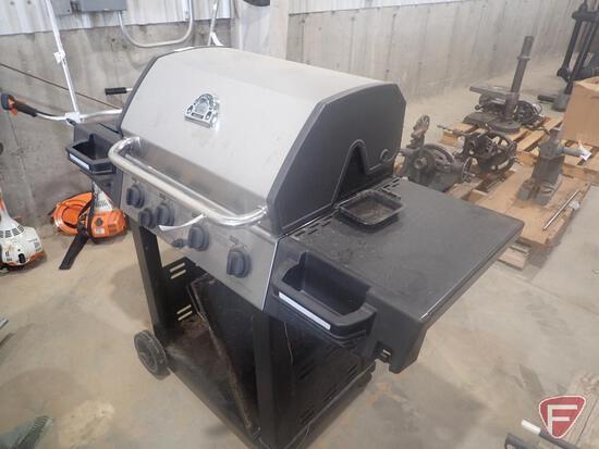 Huntington Rebel 4 burner LP grill, includes 20lb LP tank