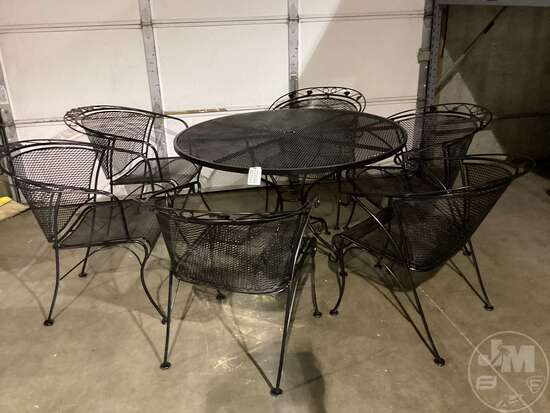 METAL PATIO SET, INCLUDES TABLE & (6) CHAIRS