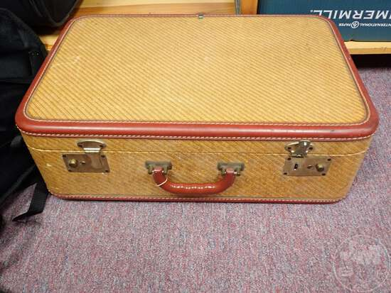 SUITCASES, PICTURES, MEDICAL KITS, FLASHLIGHTS