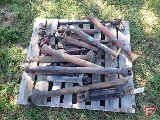 PTO SHAFTS, HYDRAULIC CYLINDERS, (1) IMPLEMENT JACK; CONTENTS OF PALLET