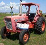 Ford 2000 Diesel W/rops, 3pt Hwy Orange