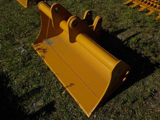 """Teran  Cleaning Bucket to suit Case 580K 48"""" (0.23 M³)"""