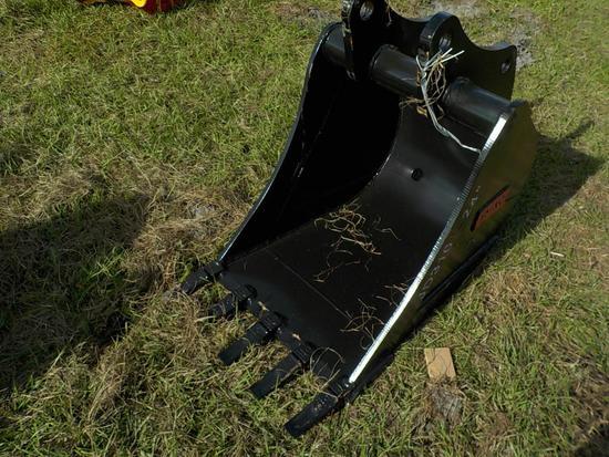 "Teran  Bucket to suit John Deere JD310J/K 24"" (0.21 M³) - 5HD Tips"