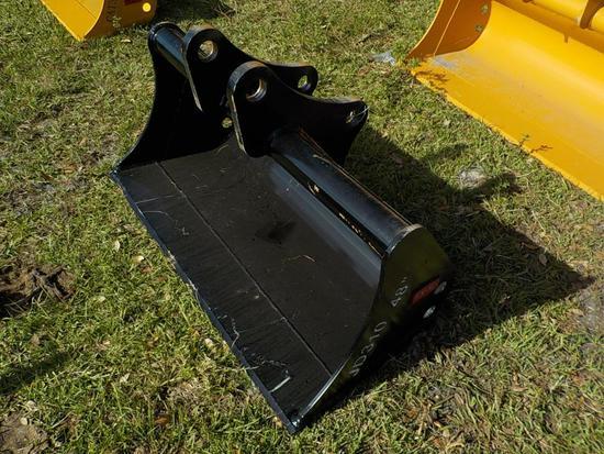"Teran  Cleaning Bucket to suit Deere JD310G 48"" (0.23 M³)"