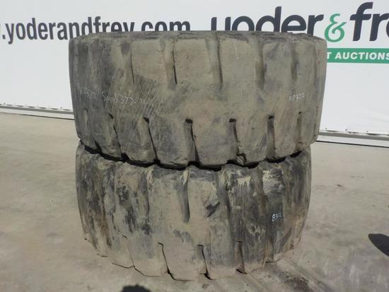 Set of Tires to suit CAT Loader (2 of)