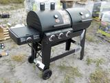 Double Play 1,260 Square Inch c/w 3 Burner Gas and Charcoal Grill