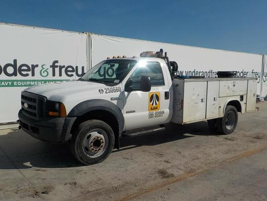 2006 Ford F450XL DSL, AT, 8 Lockable Compartments, 18 HP Compressor (290,20
