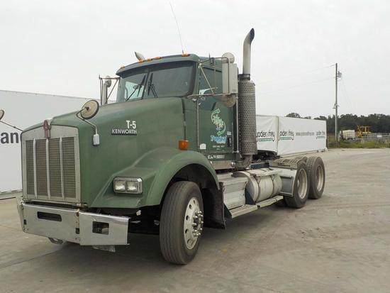 2007 Kenworth T800 Tandem Axle Day Cab, CAT C15 475HP Diesel Engine, PTO We