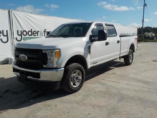 2017 Ford F350XL Pickup Truck, 4WD, Gas, Crew Cab c/w A/C  (69,800 Miles)
