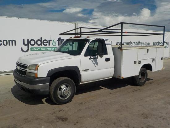 2006 Chevrolet SILVERADO 3500 Utility Truck, 6.0, Gas, Automatic, Dual Whee